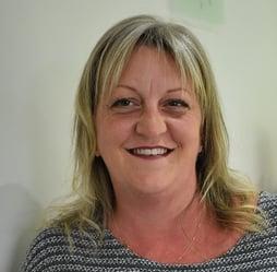 Lynne Reeves Head shot -2